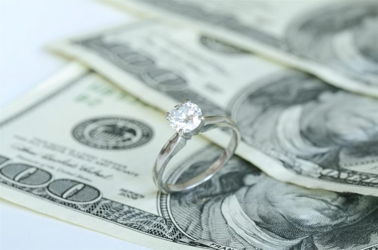 3 considerations when selling your engagement ring